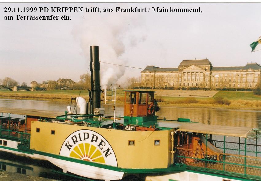 1999.11.29 PD Krippen trifft wieder in Dresden ein_04 - 12.15 Uhr Anlegen