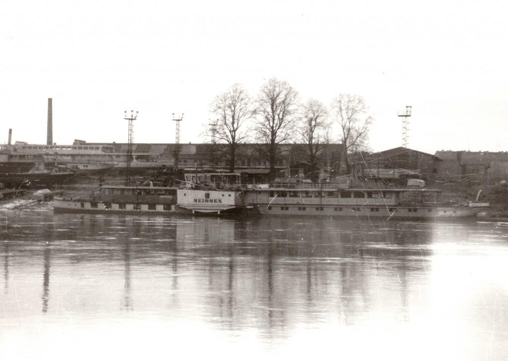 1985.03 PD Meissen nach erfolgter Rekonstruktion noch an der Werft Laubegast
