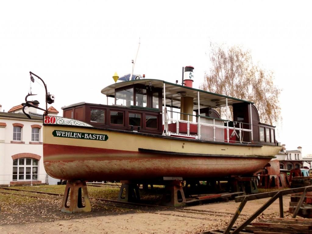 2011.11.20 DF Wehlen-Bastei auf der Werft Laubegast