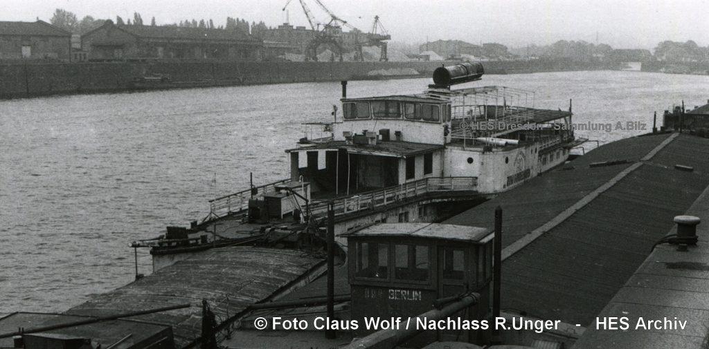 198x GONDELHAFEN abgestellt im Alberthafen - C.Wolf73-NRU