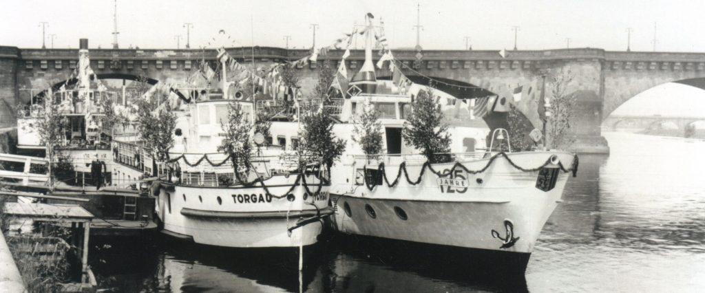 1961 MS VORWÄRTS und MS TORGAU, im Hintergrund PD SCHMILKA, zu den Feierlichkeiten des 125.Jubiläums der WFD - Foto ArchivDVB-AG